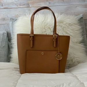 Michael Kors Medium Jet Set Saffiano Leather Tote